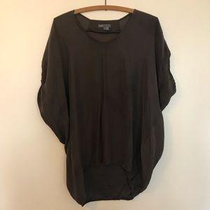 Vince. Oversized deep green 100% silk blouse